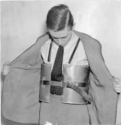 Prohibition bootlegging (Smuggler)