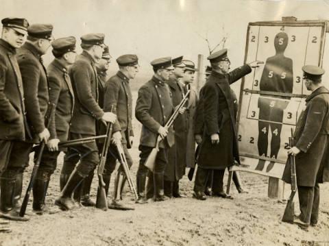 Police train with shotguns